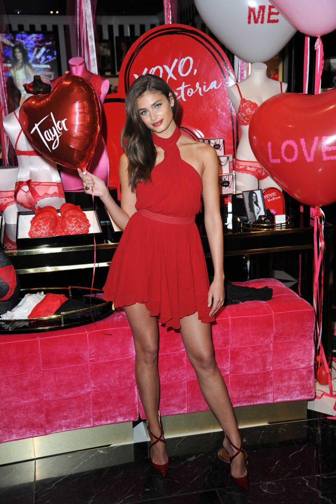 Taylor Hill Shares Her Gift Picks for Valentine's Day at the Fifth Ave in New York City-2