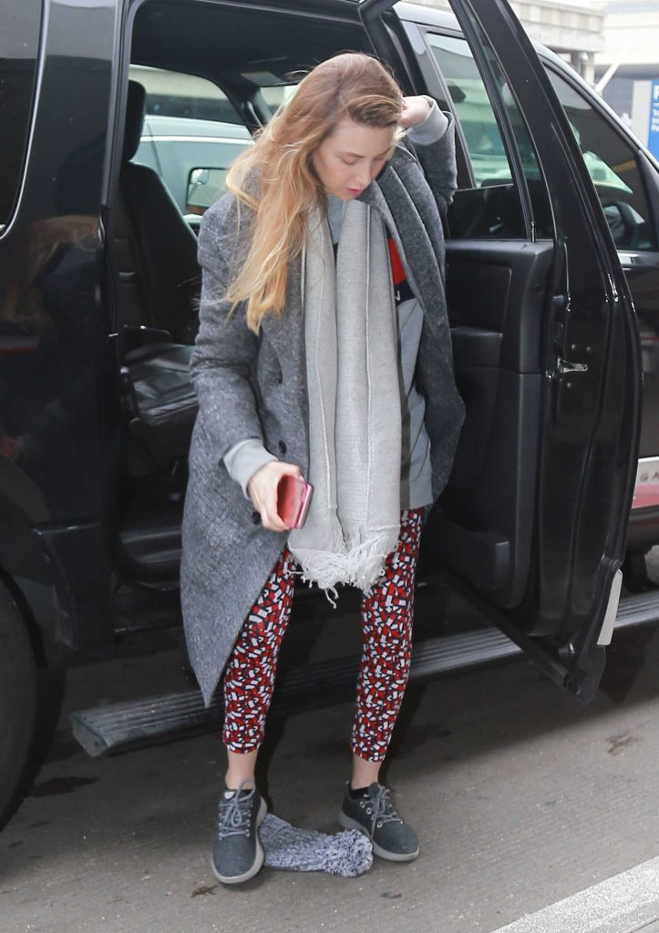 Whitney Port at LAX Airport in Los Angeles-1