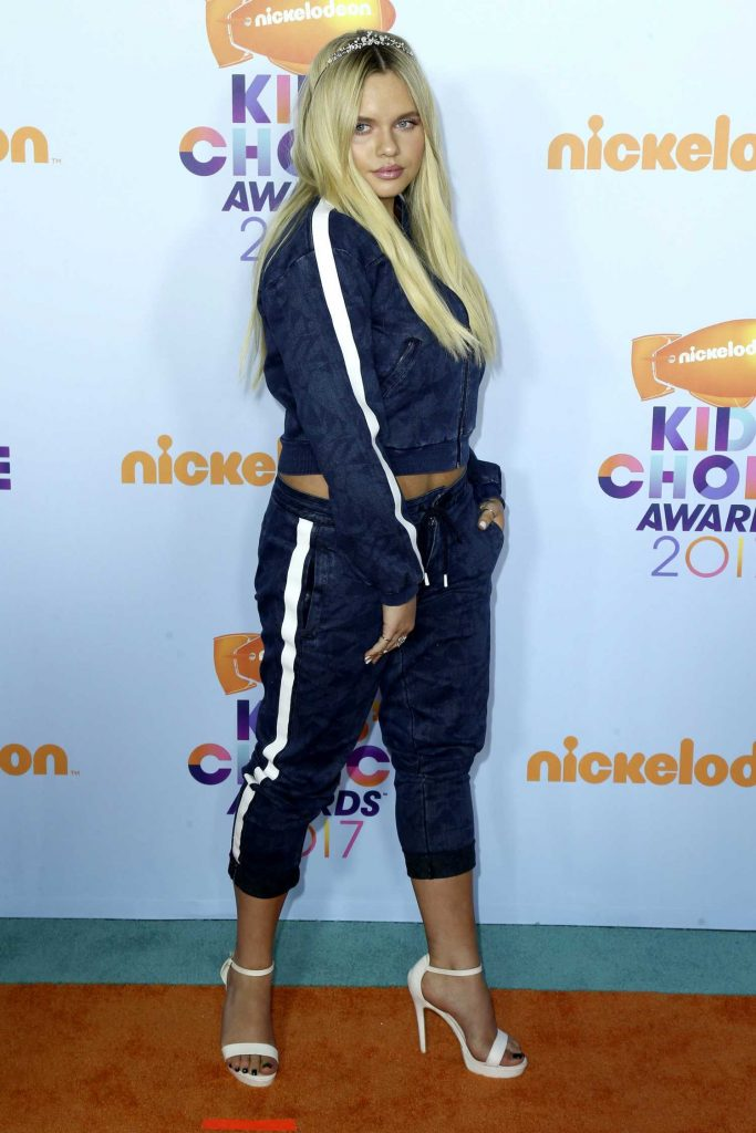 Alli Simpson at the 2017 Nickelodeon Kids' Choice Awards in Los Angeles-4