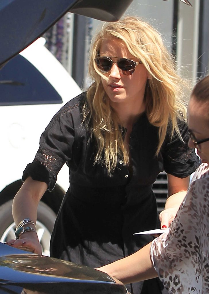 Amber Heard Was Seen Out in Beverly Hills-1