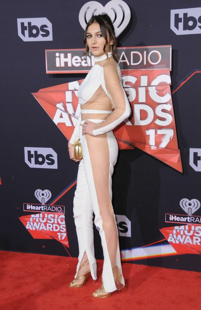 Daya at the 2017 iHeartRadio Music Awards in Los Angeles-2