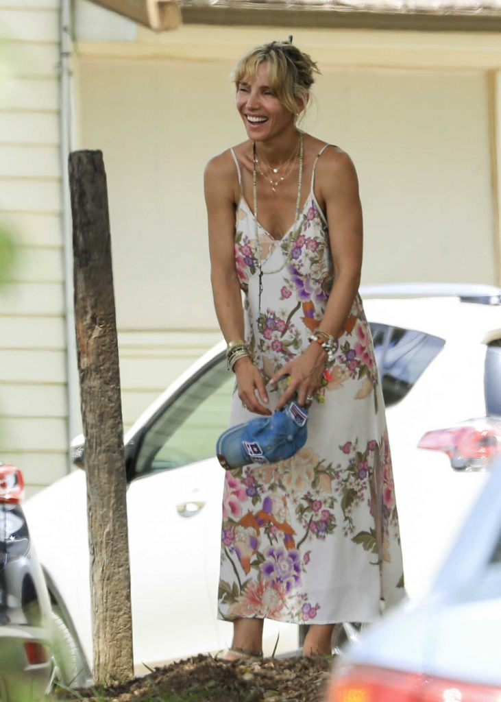 Elsa Pataky Was Seen Out in Byron Bay, Australia-1