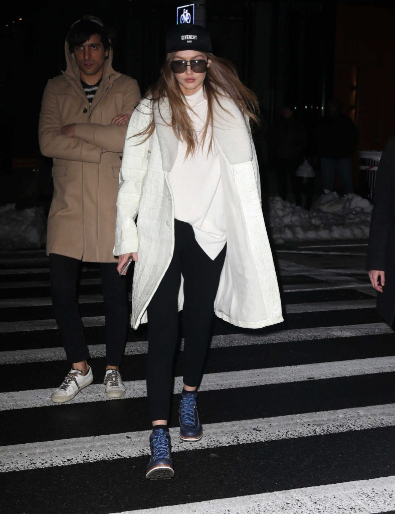Gigi Hadid Was Spotted Out in New York City-3
