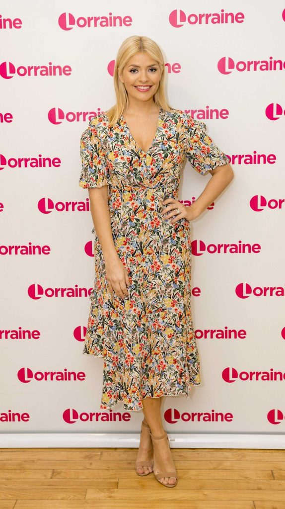 Holly Willoughby Appeares on Lorraine TV Show in London-1