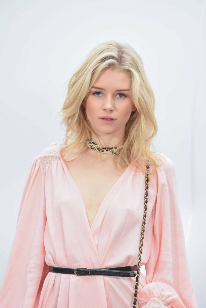 Lottie Moss at the Chanel Show During the Paris Fashion Week-4