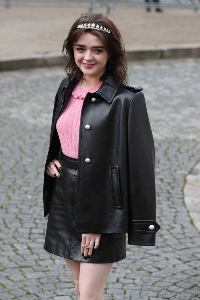 Maisie Williams at the Miu Miu Show During the Paris Fashion Week-4