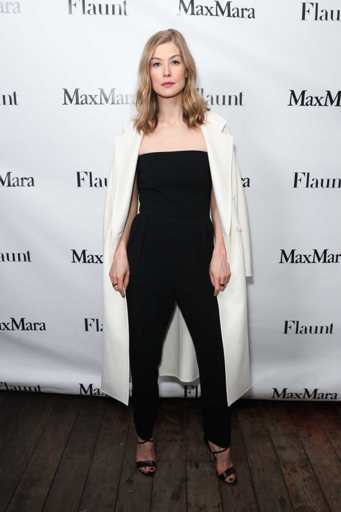 Rosamund Pike at the Max Mara x Flaunt Dinner in Los Angeles-1