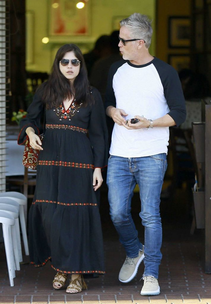 Selma Blair Goes Shopping With Her Boyfriend in Beverly Hills-1