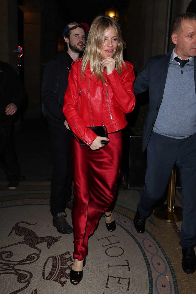 Sienna Miller Was Seen Out in Paris-2