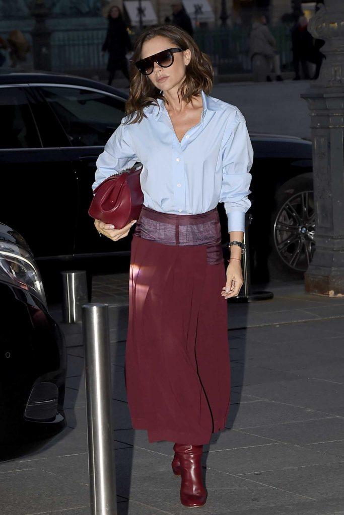 Victoria Beckham Leaves Her otel in Paris-1