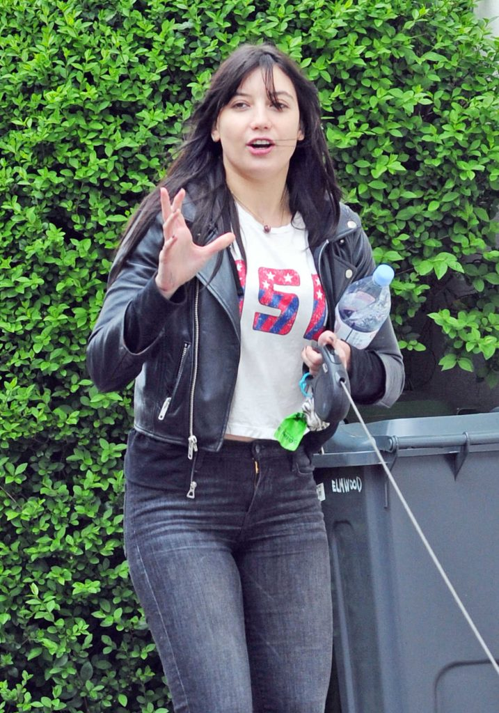 Daisy Lowe Walks Her Dog Out in London-4