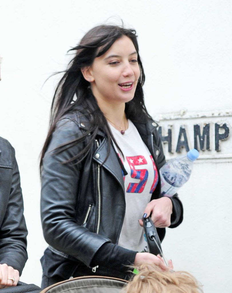Daisy Lowe Walks Her Dog Out in London-5