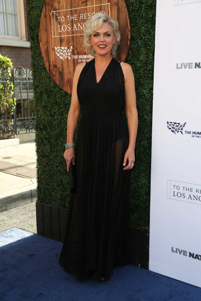 Elaine Hendrix at the Humane Society of the United States' Annual to the Rescue! Los Angeles Benefit in Hollywood-3