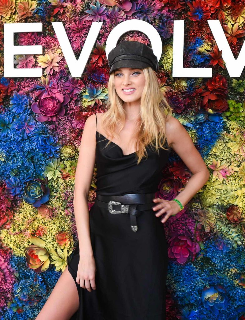Elsa Hosk Attends the REVOLVE Desert House During the Coachella Valley Music and Arts Festival in Palm Springs-3