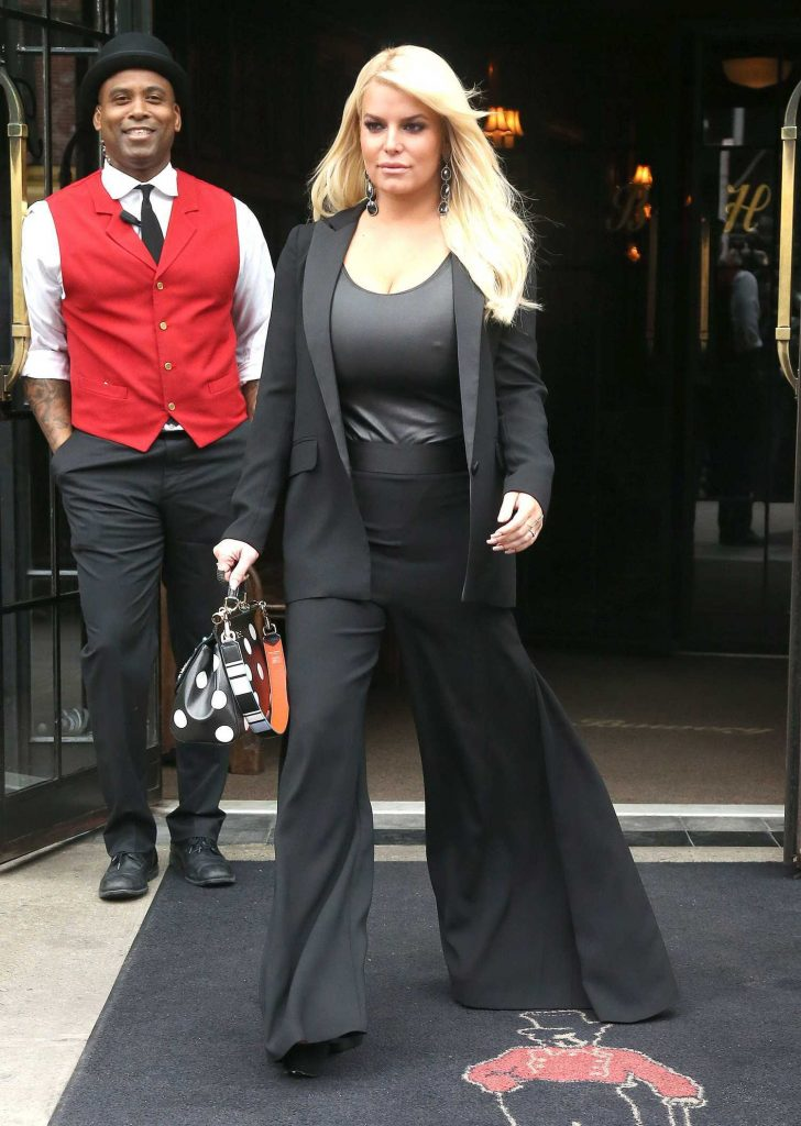 Jessica Simpson Was Seen Out in New York-2
