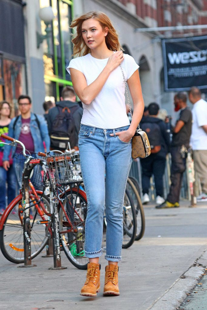 Karlie Kloss Wears a Tan Hiking Boots Out in LA-1