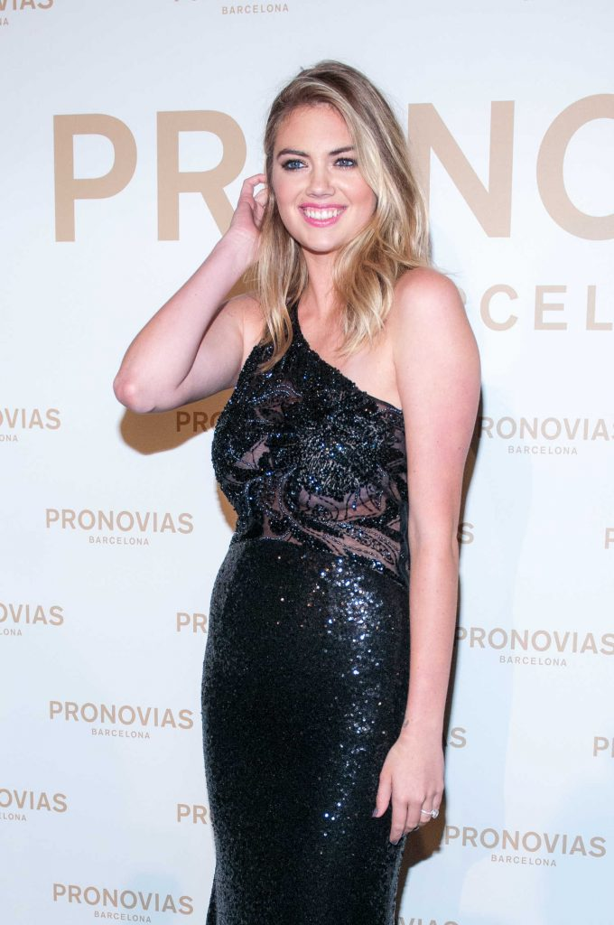 Kate Upton at the Pronovias Catwalk Show Photocall in Barcelona-2
