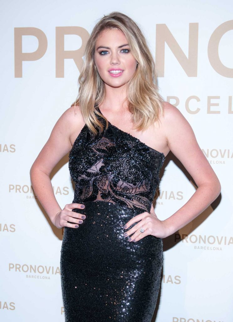 Kate Upton at the Pronovias Catwalk Show Photocall in Barcelona-3