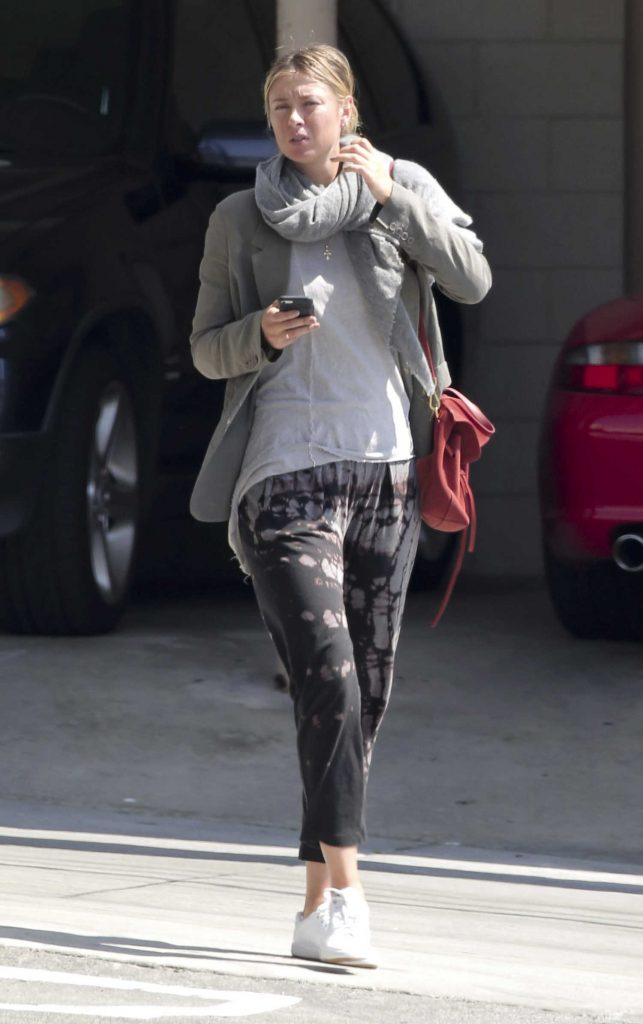 Maria Sharapova Out for a Lunch in Los Angeles-1