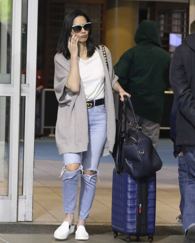 Olivia Munn Touches Down in Vancouver-3