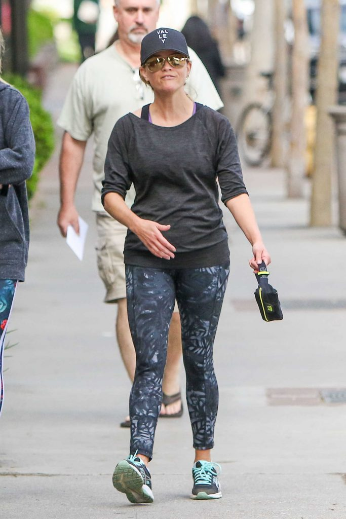 Reese Witherspoon Leaves the Gym in Los Angeles-2