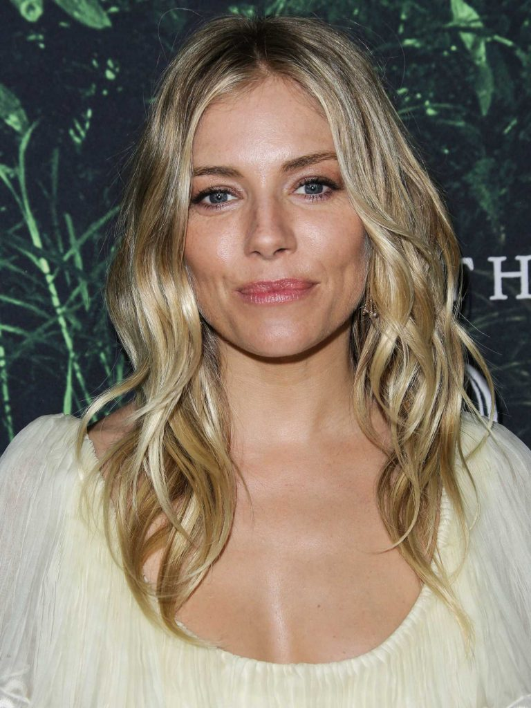 Sienna Miller at The Lost City of Z Premiere in Los Angeles-5