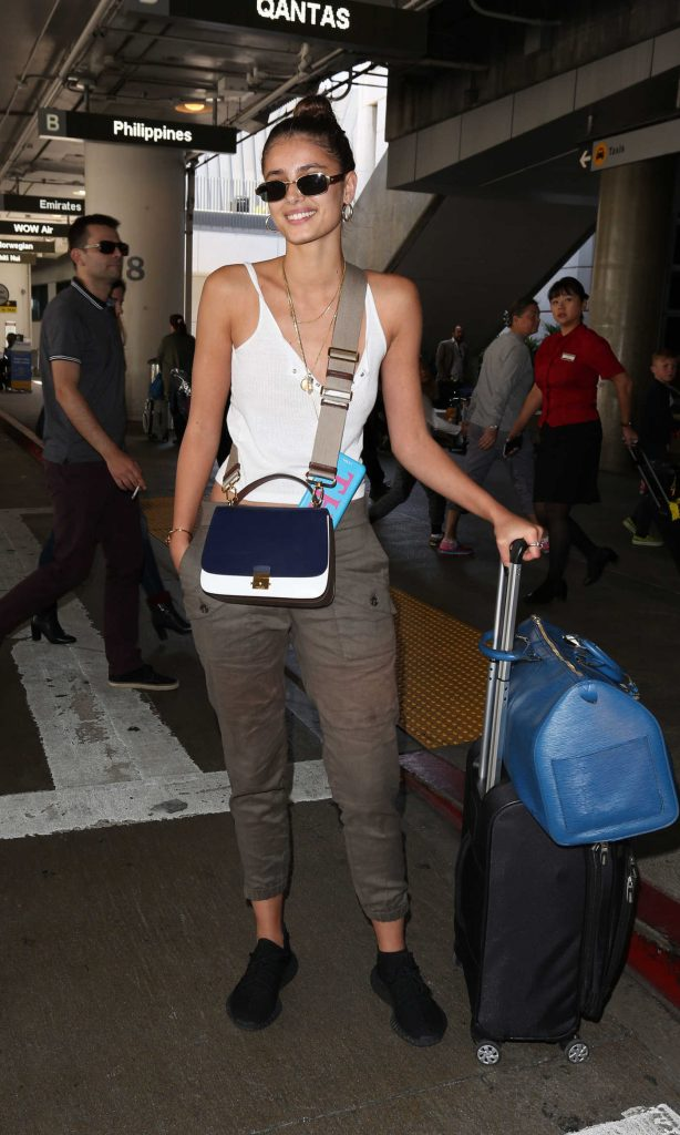 Taylor Hill Arrives at LAX Airport in Los Angeles-4