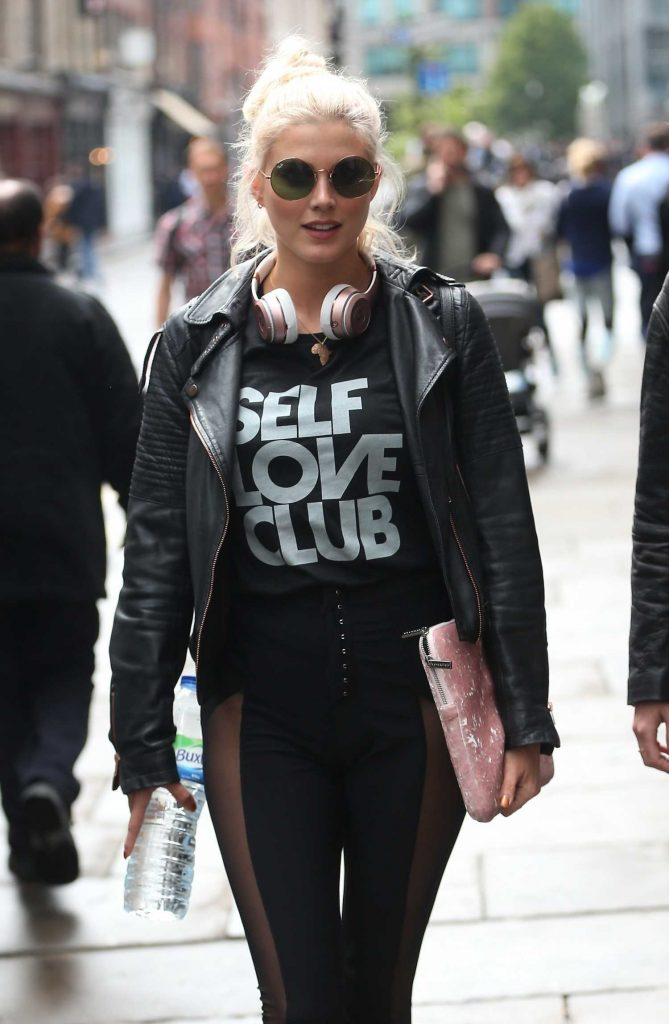 Ashley James Arrives at Hoxton Radio in London-1