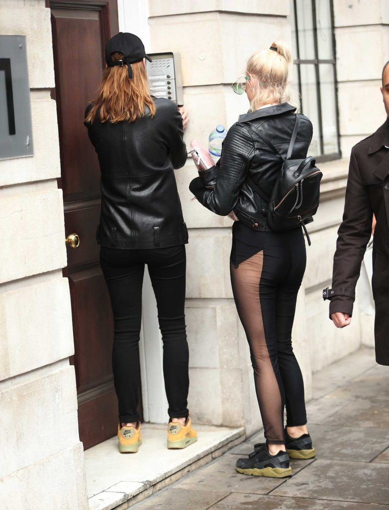 Ashley James Arrives at Hoxton Radio in London-4