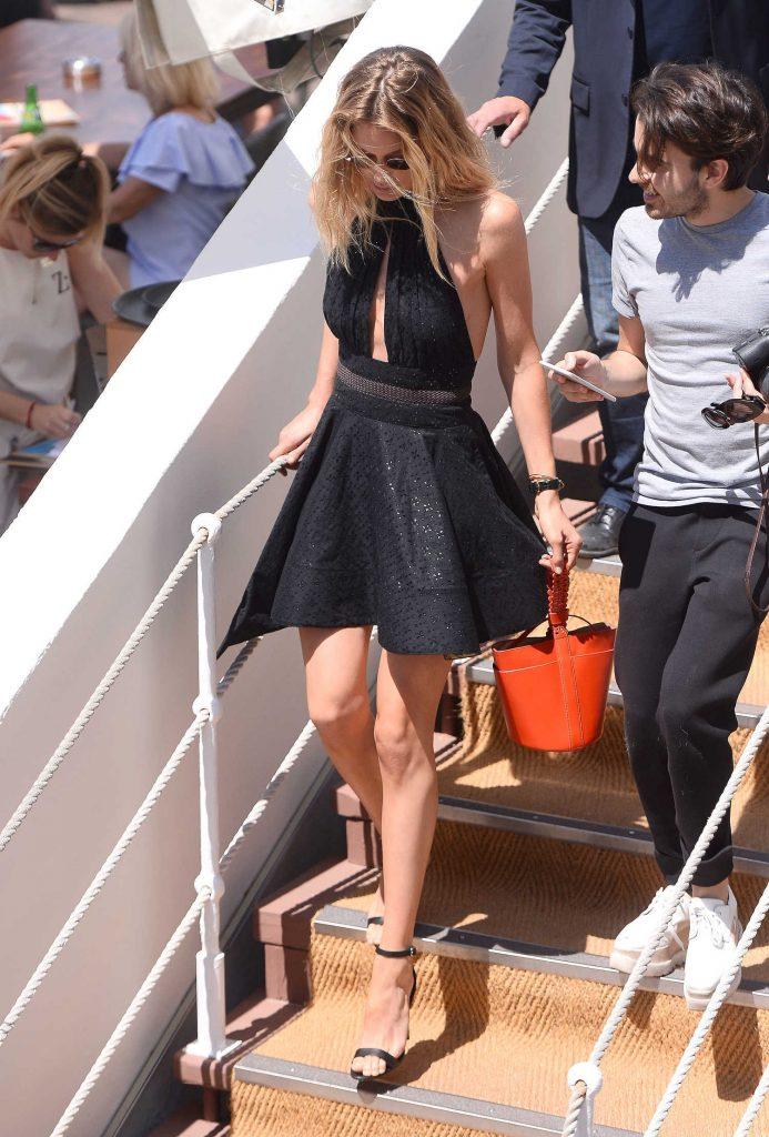 Doutzen Kroes Was Seen Out in Cannes-4