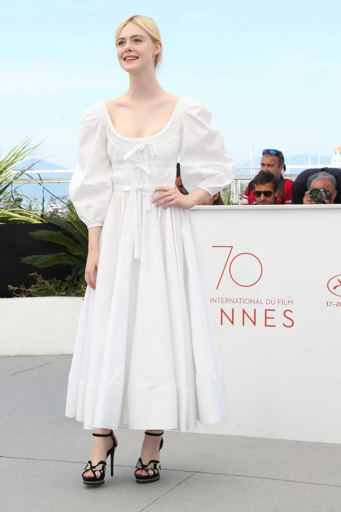Elle Fanning at The Beguiled Photocall During the 70th Annual Cannes Film Festival in France-1