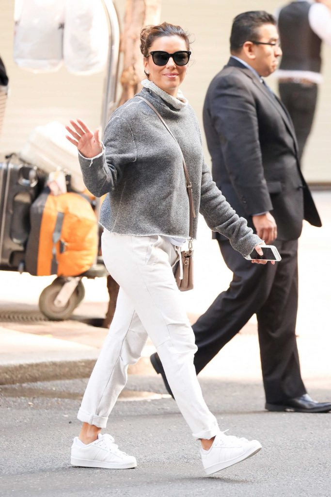 Eva Longoria Leaves Her Hotel in New York-5
