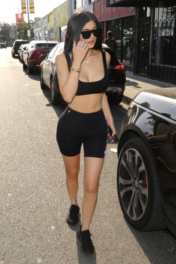 Kylie Jenner Shops in West Hollywood-4
