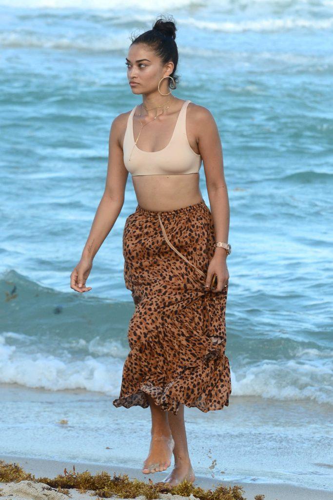 Shanina Shaik at the Beach in Miami-2