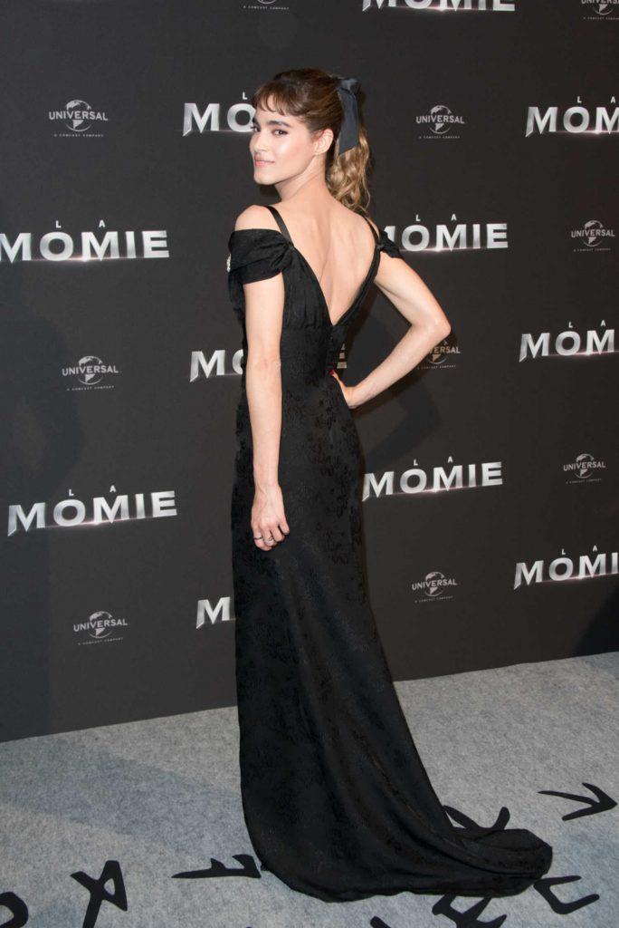Sofia Boutella at The Mummy Premiere in Paris-3