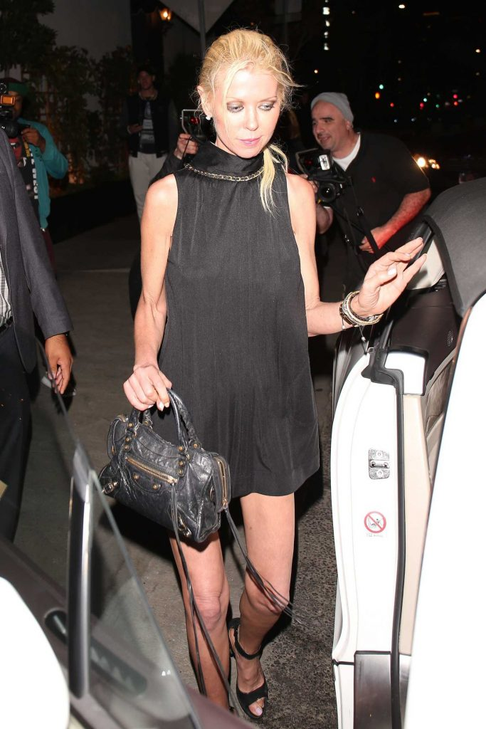 Tara Reid Leaves the Beauty and Essex in Hollywood-4