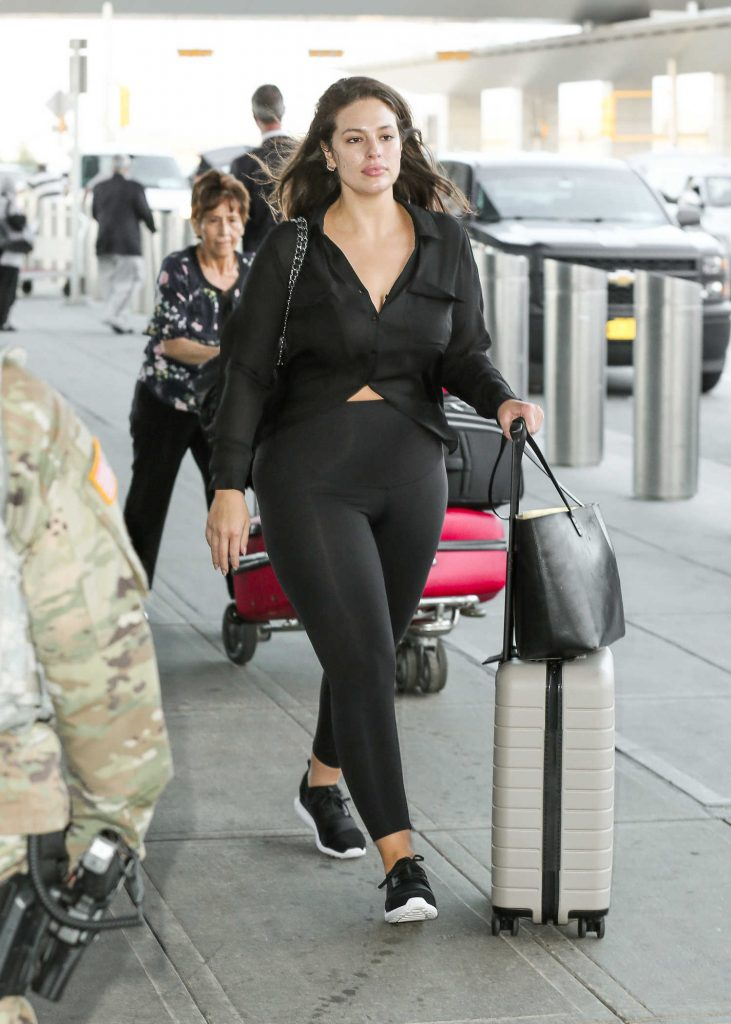 Ashley Graham Was Seen at JFK Airport in New York City-2