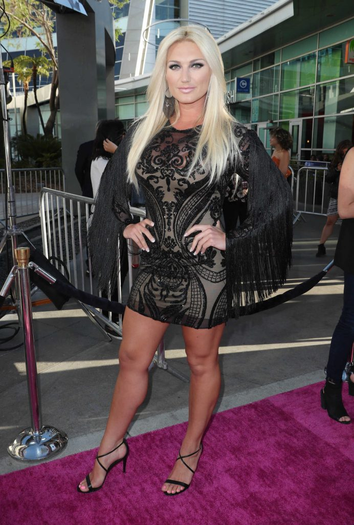 Brooke Hogan at the GLOW TV Show Premiere in Los Angeles-2
