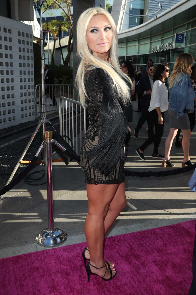 Brooke Hogan at the GLOW TV Show Premiere in Los Angeles-3