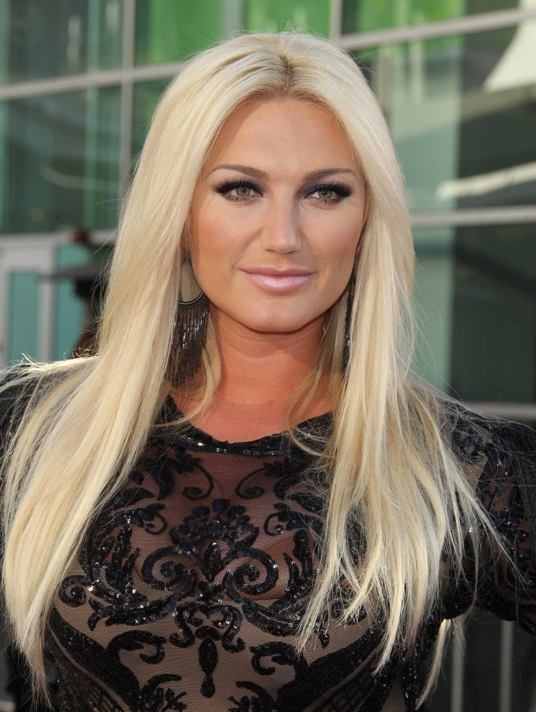 Brooke Hogan at the GLOW TV Show Premiere in Los Angeles-4