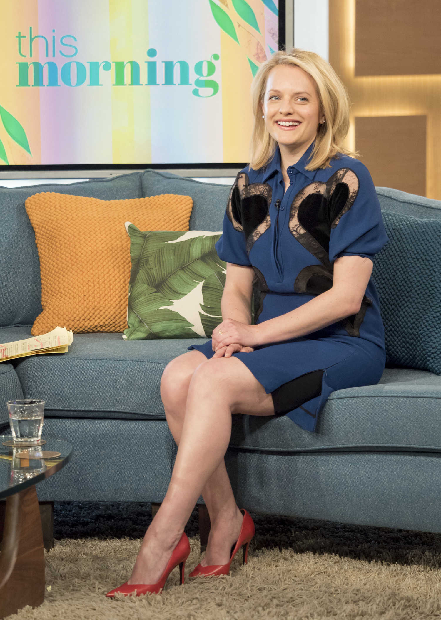 elisabeth-moss-at-this-morning-tv-show-in-london-3 Rise Tv Show