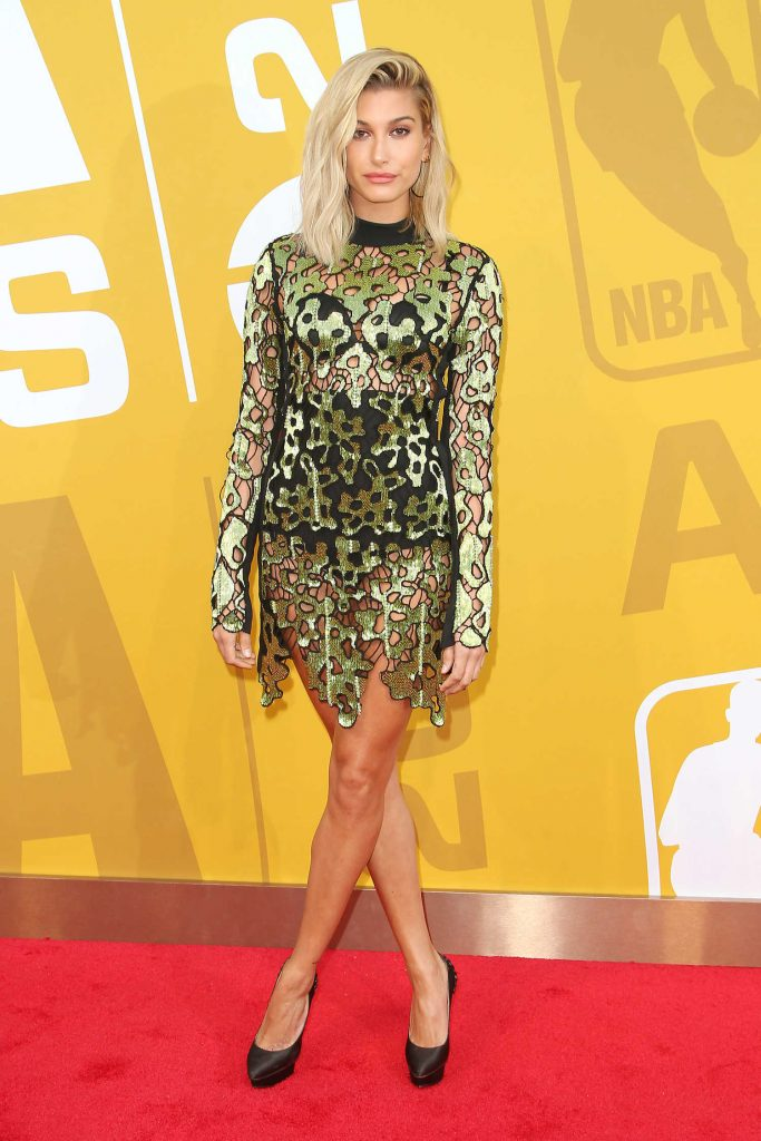 Hailey Baldwin Attends the 2017 NBA Awards Live on TNT in New York-2