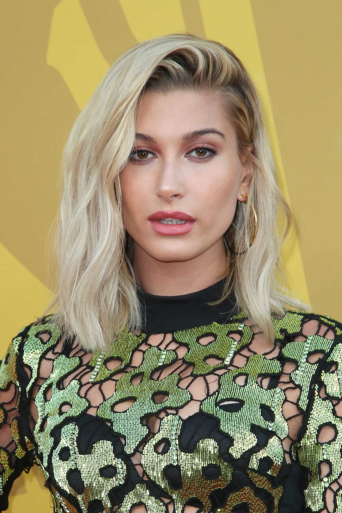 Hailey Baldwin Attends the 2017 NBA Awards Live on TNT in New York-5