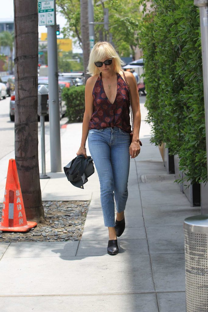 Malin Akerman Goes to Lunch in Beverly Hills-1