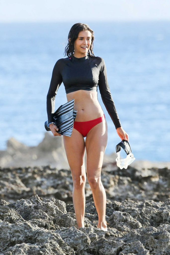 Nina Dobrev Was Seen on the Set at the Beach in Honolulu-3