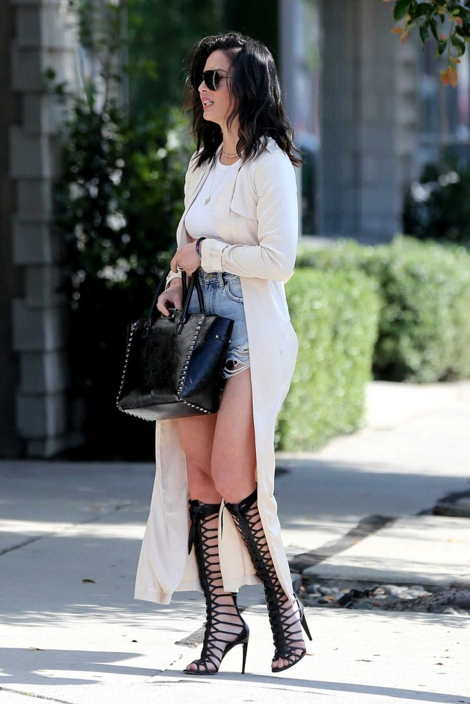 Olivia Munn Was Seen Out in Los Angeles-5