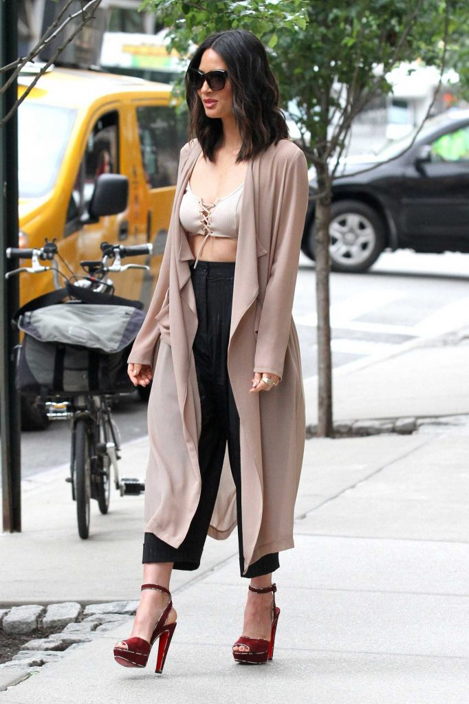 Olivia Munn Was Seen Out in Manhattan, New York-2