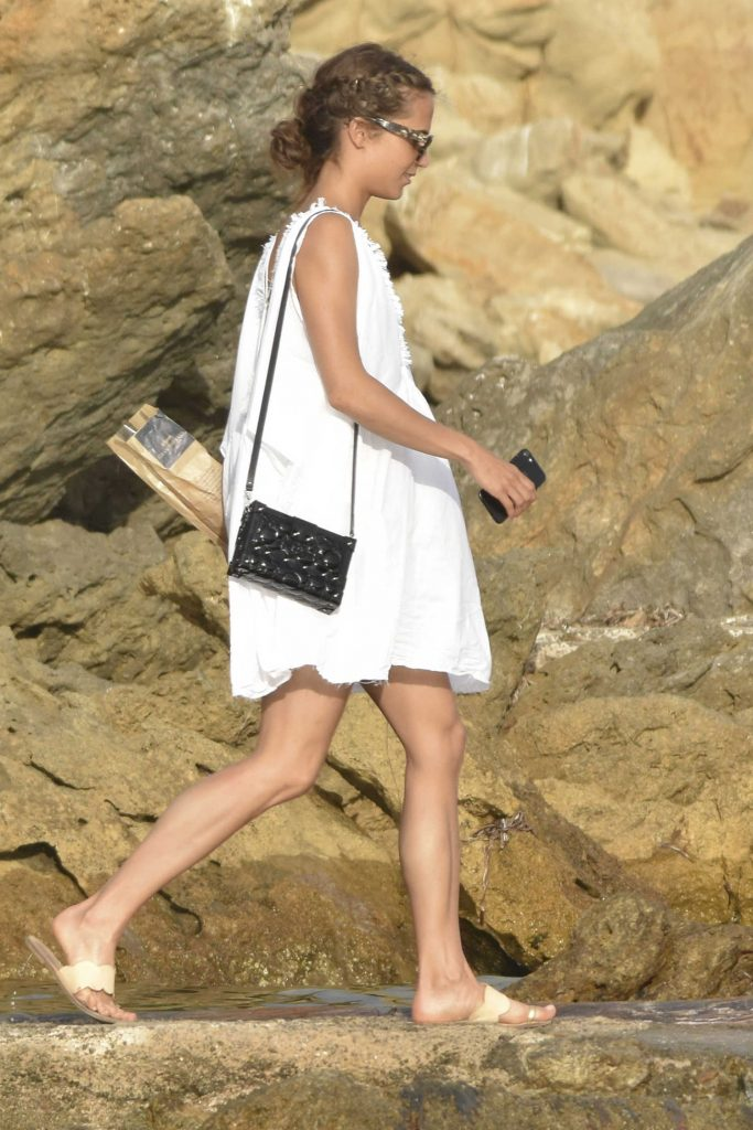 Alicia Vikander Arrives at a Private Yacht in Ibiza-3