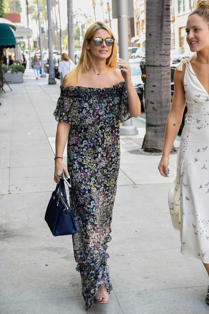 Ashley Greene Out for Shopping in Beverly Hills-2