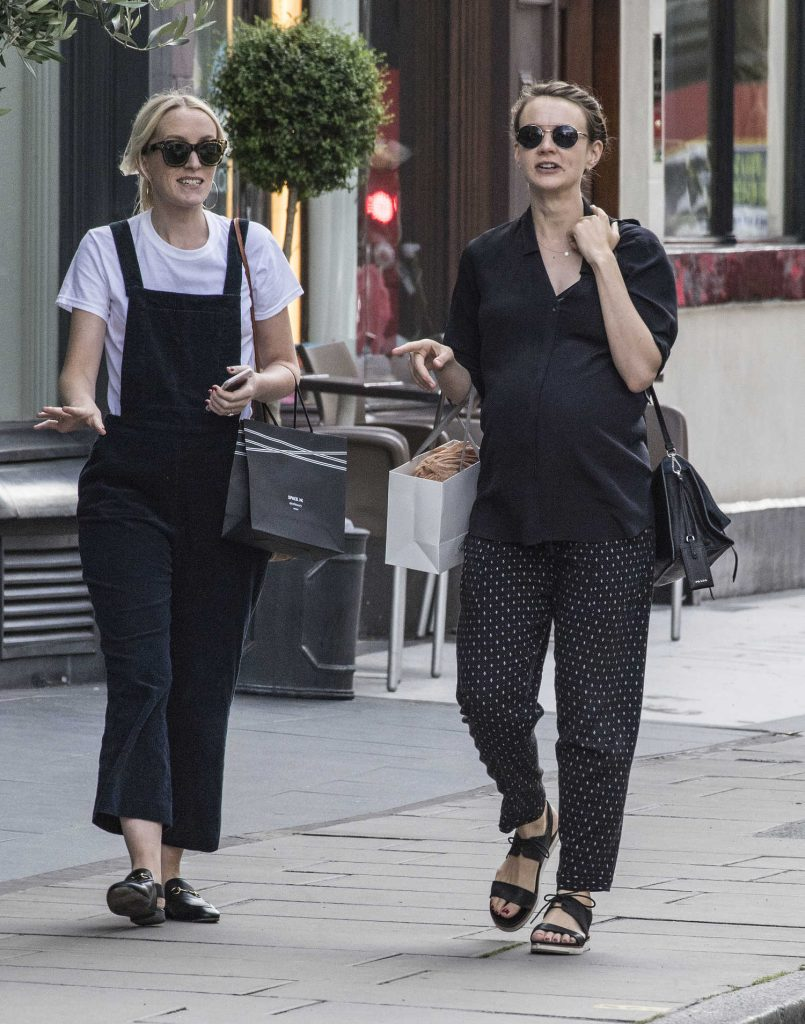 Carey Mulligan Out Shopping in Notting Hill-4